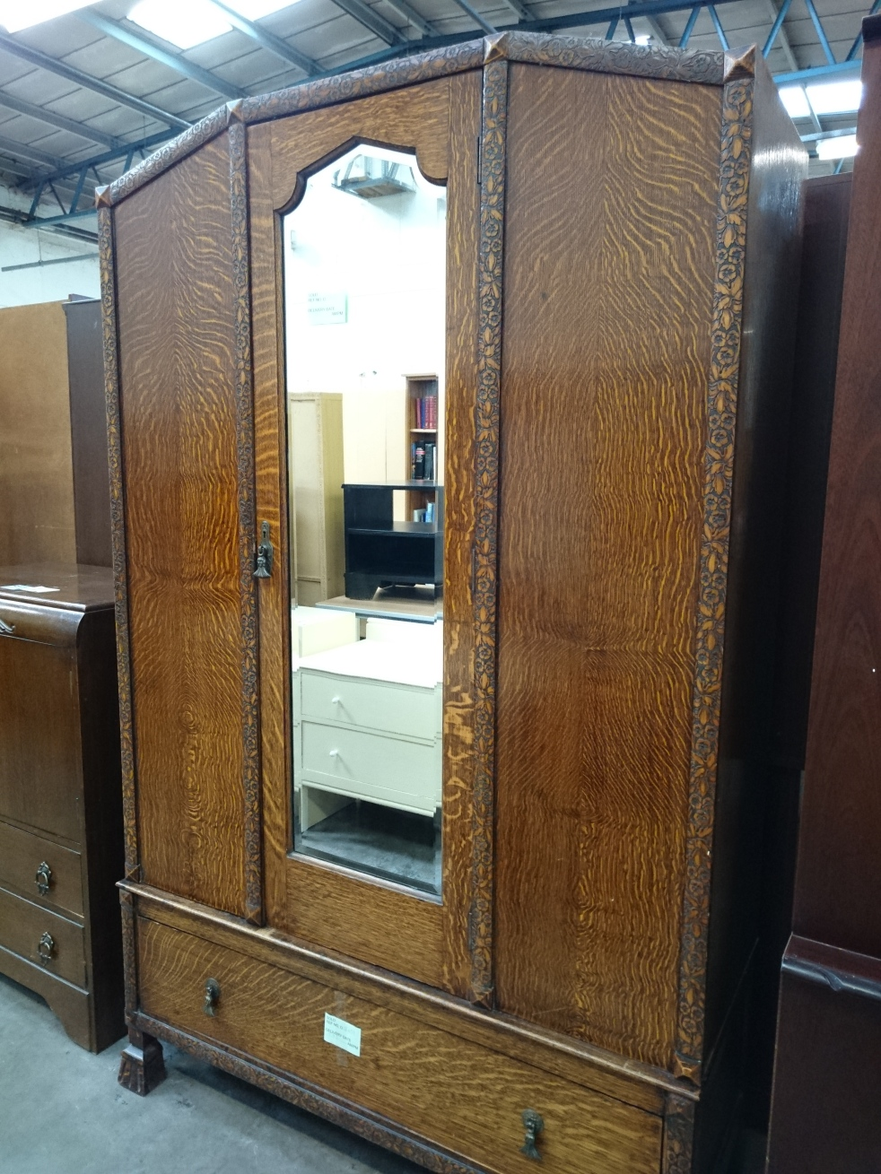 second-hand-furniture-wardrobe