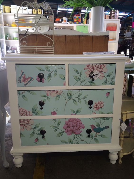 drawers-floral-paper