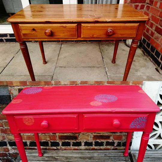 ba-red-dahlia-desk