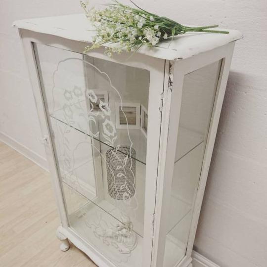 Insta White Shabby Chic Cabinet